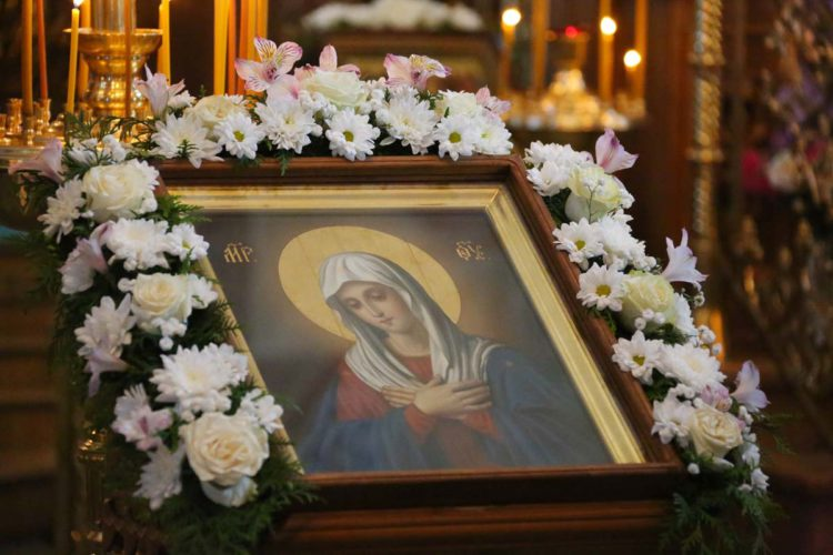 10 августа — празднование иконы Божией Матери «Умиление» Серафима Саровского